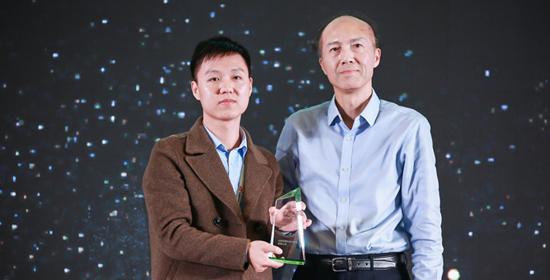 Simphoenix won 2018 CMCD the most promising brand in servo motion control